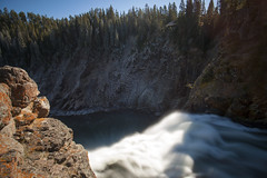 Brink of the Upper Falls (JR-pharma) Tags: usa united october northwest north west automne fall 2015 states america northwestern norwest national park nationalpark roadtrip road trip photoroadtrip french français nature aventure liberty liberté canoneos5d canon5d mark 1 canon eos 5d classic jrpharma parc parcnationaux parcnational pacificnorthwest pacific yellowstonenationalpark wyoming yellowstone yellowstonenp canyon falls upperfalls upper