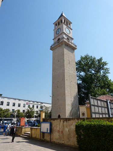 Tirana, Óratorony