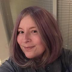 Chemo Wigs: Lavender-Blonde Bob (escriteur) Tags: img6279 cancer lymphoma chemotherapy chemo wig cosplay cosplaywig lavender blond blonde bob twotone