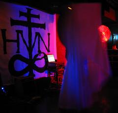 Haven 171 Edit (Dan Correia) Tags: haven topv111 felicia powerbook macintosh fan laptop nightclub blacklight bellydancing