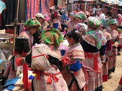 Colores (Andres Rastrilla) Tags: vietnam melo andres 2005 saigon hanoi hoian hue ninhbinh catba sapa bacha cucphuong mekong