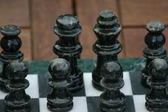Before the war (NaSiUdUk) Tags: favorite beautiful digital canon wow photo 300d foto great picture chess pic queen fav diafragma koningin schaak sluitertijd afbeelding nasiuduk