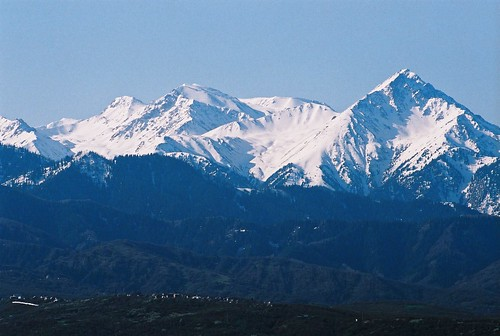 tien shan mountains. Tien Shan mountains) south