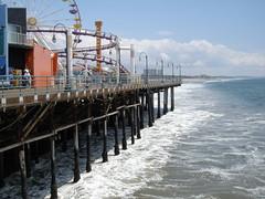 Go Waves! (Knot) Tags: santamonica pier pacific ocean sea wave