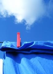clean (fazen) Tags: blue sky cloud topf25 topv111 wow catchycolors topf50 topv333 500v20f blu sheets cielo fv10 sheet topv777 lenzuola 1500v60f 1000v40f oniricamente