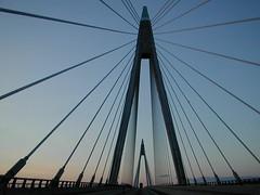Bridge over troubled waters (Gry) Tags: bridge dingle road bro vei sweden