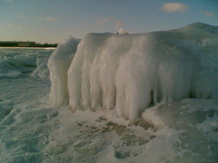 ice (hugovk) Tags: cameraphone 2005 winter sea ice suomi finland helsinki baltic helsingfors february hvk uusimaa nyland hugovk meta:exif=none