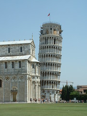 Leaning Tower (murky) Tags: 2003 italy europe cathedral july july2003 pisa tuscany leaningtower piazzamiracoli torrependente