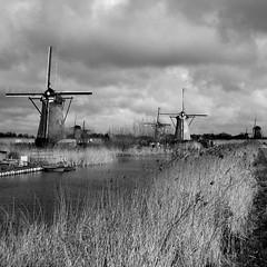 (heavenuphere) Tags: world bw heritage mill netherlands windmill site europe unesco polder kinderdijk lek noord zuidholland goshootsomemore wewantmore wewantm0re wewantmo0re ichantcontinuesi southholland molenwaard