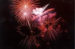 Winterblast Ring Shells (Redgum) Tags: fireworks westernwinterblast pyro pyrotechnics guyfawkes july4 winterblast