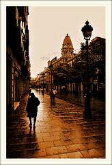 Portal del angel. (www.jordiarmengol.net (Xip)) Tags: barcelona espaa fotosencadenadas lafotodelasemana spain topf50 xip catalonia eps1 eps2 catalunya eps3 eps4 eps5 eps6 espaayportugalseleccin lfsmiedo lfscontraluces 50club socialjam