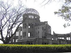 Broken dome (Spiegel) Tags: hiroshima atomicbomb dome scenery japan peacepark geotagged geolat34392312 geolon132456107