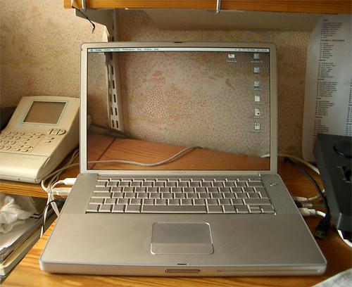Portátil pantalla transparente