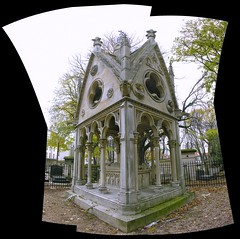 Le Tombeau d'Ablard et Hlose (O Caritas) Tags: 2005 november autostitch panorama paris france cemetery grave composite europe ledefrance tomb burial crypt prelachaise cimetire nikoncoolpix8800 cimetireduprelachaise abelardandheloise ablardethlose