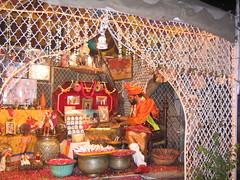 Food Street, Anarkali Bazaar, Lahore, Pakistan (shadow runner) Tags: street pakistan food bazaar rosepetals lahore paan paanwala foodstreet anarkalibazaar
