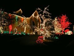 Bayshore Christmas 2005 - Holmdel 2 (FOTOGRAFIA.Nelo.Esteves) Tags: 2005 christmas xmas usa holiday colors night america geotagged lights us newjersey nice unitedstates decoration nj illumination christmaslights displays jersey monmouthcounty lovely bayshore dimageg600 impressive holmdel gardenstate yuletide nght midatlantic tinylights tinylghts neloesteves geo:lon=74156342 geo:lat=40400163 holmdeltownship