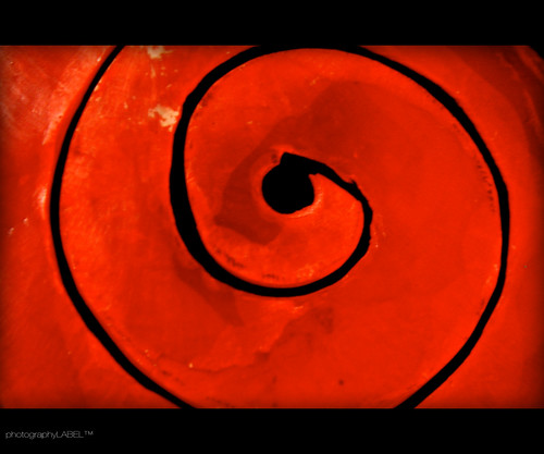 red K O R U (sherIZAN) Tags: spiral koru red design product pendant dec2005