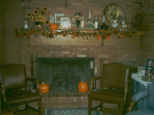 Fireplace-Fall Decor
