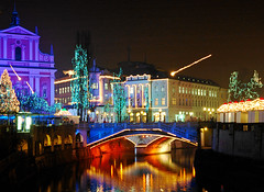 "Just another ""Ljubljana by night"" shot (majamarko) Tags: christmas longexposure night wow geotagged lights colorful europe d70 nikond70 1870mmf3545g most slovenia ljubljana slovenija nikkor 3s f11 38mm 555v5f tromostovje iso250 12242005 top20christmaslights 1000v30f majamarko geo:tool=gmif dailyvip geo:lon=14505258 geo:lat=46050331 abigfave"