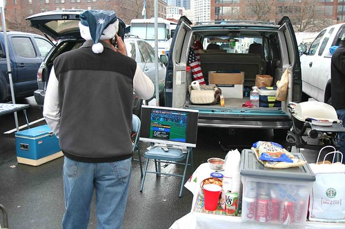 Green Your Tailgate Party-Eco-friendly Super Bowl Tips