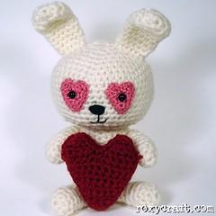 love bunny 2 (Roxycraft) Tags: amigurumi softies plush mos crochet handmade
