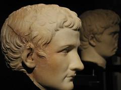 Caligula (MrJennings) Tags: italy statue museum italia campania neh baia statuehead baiae summerinitaly2004 nehsummerinstitute2004 neh2004 romaitaliamrj museoarcheologicodeicampiflegrei