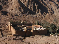 St. Catherine's Monastery (becklectic) Tags: 2005 egypt fromabove mtsinai monastery 100 stcatherines sinaipeninsula ooc 230countries 230countriesegypt worldtrekker