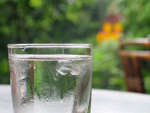 Precauciones básicas con el agua y los alimentos