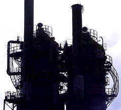 wicked_world (sillydog) Tags: seattle washington 2005 gasworkspark backlit architecture themepostcards fv5 510fav zip98103 orroalddahl