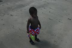 Where's the Beach? (Mark Griffith) Tags: hawaii 2005 kauai keebeach