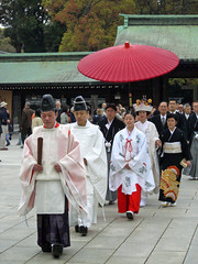 Wedding ceremony (manganite) Tags: wedding red people cute men colors beautiful beauty fashion japan digital umbrella japanese tokyo women asia pretty searchthebest tl candid traditional ceremony style casio parasol onecolor kimono priest shinto shrines meijijingu stylish japanesegirl   april16 payitforward exz500 thecolorred bluelist april162006 manganite date:year=2006 date:month=april