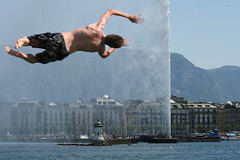 Going wild in so so hot Geneva (nathalie booth) Tags: summer switzerland europe geneva genevafountain bainsdespquisdiving divingwild