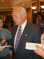 DENDAHL MEETS THE PRESS 2006