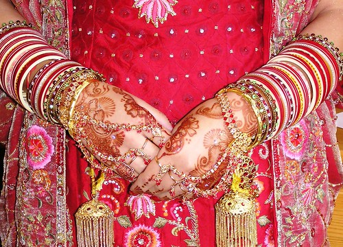 Dot's Mehndi Hands by Love Mehndi.