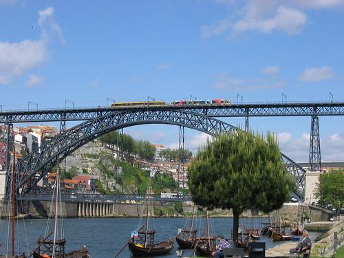 Oporto el Puente de hierro
