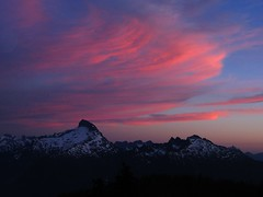 Sunset Over Sloan Peak (Mike Dole) Tags: sunsets washingtonstate cascademountains glacierpeakwilderness lostcreekridge sloanpeak