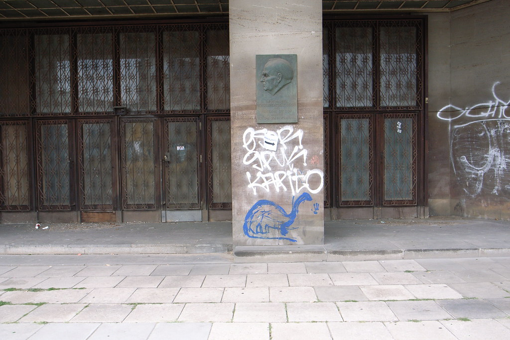 berlin graffiti 4