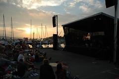 Oscar i solnedgang (seidsvag) Tags: creativecommons konsert solnedgang musikk larvik helgeroa oscardanielson bramusikk lastfm:event=274589