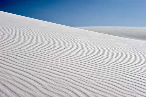 Simply White Sands / Leviathor
