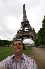 self portrait eiffel tower (ChrisBrookesPhotography.co.uk) Tags: uk chris paris france tower digital lens photography dc europe flickr shropshire zoom cloudy 10 eiffeltower sigma eiffel graffitti only daytime mm 20 1020mm trocadero 1020 brookes oswestry scoopt cbrookes75 chrisbrookes