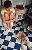 En un cuarto de baño (Rai Robledo) Tags: woman dog girl digital canon bathroom eos 350d reflex mujer chica 2006 perro agosto otto canoneos350d canonefs1855mm baño fotógrafo ulia raiworld ulía agosto2006 mimusa rairobledo ulíayotto rairobledophotography rairobledofotografía wwwrairobledocom rairobledocom copyrightrairobledo fotógrafomadrid ©rairobledo fotografíarairobledo rairobledofotógrafo