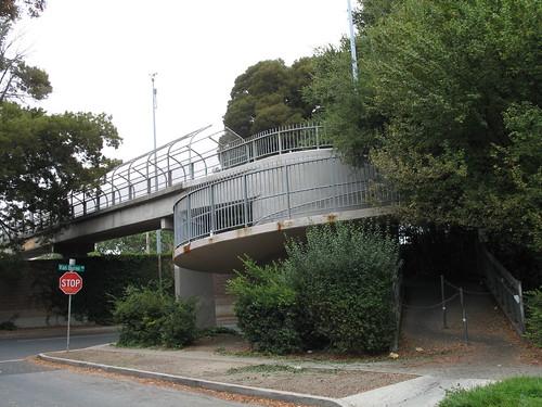 Menlo Park pedestrian overpass