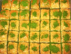 Baklava (derya_t) Tags: food turkey dessert yummy essen sweet turkiye trkei foodporn pistachio turkish baklava nachtisch turkishbaklava turkishculture originalbaklava