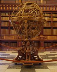 escorial esfera armilar (-Merce-) Tags: madrid españa geotagged spain library biblioteca escorial elescorial armillarysphere 1582 ph214 sanlorenzodelescorial escurial esferaarmilar geo:lat=405893 geo:lon=414897 geo:tilt=0 antoniosantucci mmbmrs