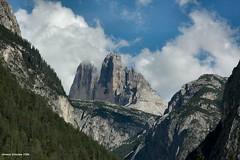 2006 Tre Cime Lavaredo (antosti) Tags: 3 nikon italia nuvole nuvola d70s cielo montagna paesaggio dolomiti altoadige bosco picchi pini trecime dobbiaco lavaredo spigolo