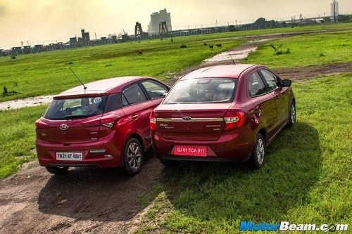 Ford-Figo-Aspire-vs-Hyundai-Elite-i20-09