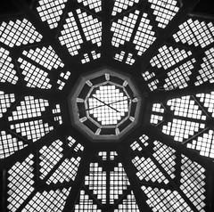 Nonagon (trommler13) Tags: fuji von aachen architektur dach halle 1925 glasdach nonagon baudenkmal xt1 betonbau artfotografie samyang12mmf20 xf165528 lastkraftwagenhalle