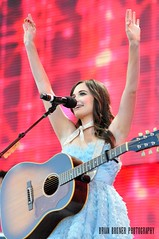 Kacey Musgraves - Farm Aid 30, 2015 (Crumblin Down) Tags: charity pink blue red musician chicago colors beauty hat rock out island photography photo illinois concert cowboy suits dress farmers stadium farm sold stage brian mary country go indiana queen il event aid round singer roll pavilion benefit fans pavillion songwriter kacey bruner northerly musgraves firstmerit