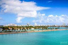 The blue of Miami (∞ Janine ∞) Tags: blue usa skyline clouds traffic florida miami wolken february verkehr februar 2014 sunshinestate skylinemiamibeach