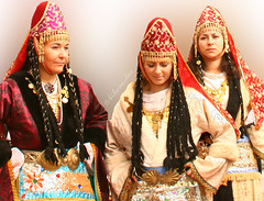 Greece (bilwander) Tags: travel girls students greek women traditional folklore greece aegeansea bilwander  chiosisland warrefugees  izmiryangn